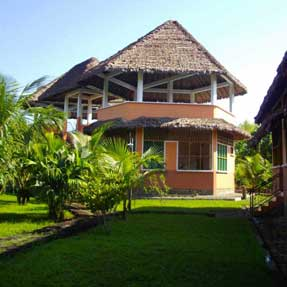 Bungalows & Rooms
